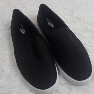 Easy Street Sport Slip on Canvas shoes 9W
